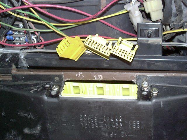 Kin Kong Wiring Harness Connectors Honda in addition Oem Positive Battery Fuse Connector together with 7 Pin Male To 4 Pin Female Wiring Harness additionally Gl1800 Wire Harness together with Car Trailer Wiring Harnesses. on oem automotive wiring connectors free diagram